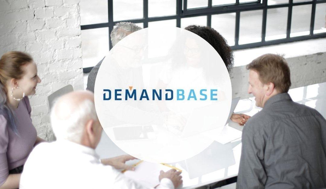 Comment attirer et engager les acheteurs B2B sans risquer de les « harceler » ?